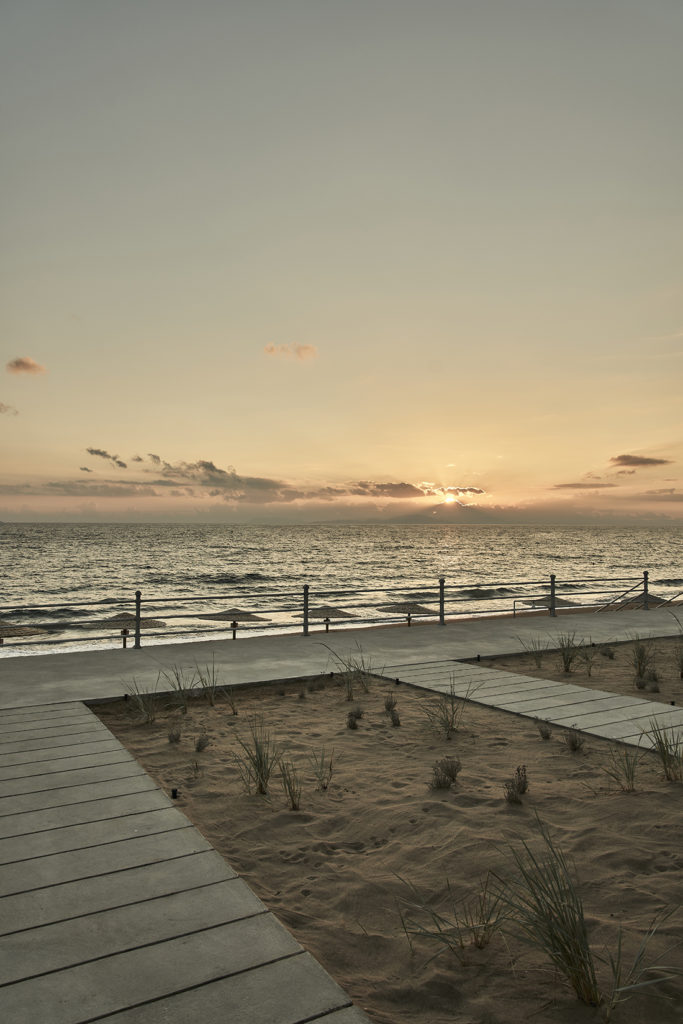 dexamenes°° Sunset Kourouta